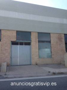 Se vende nave industrial - Canals (Valencia)